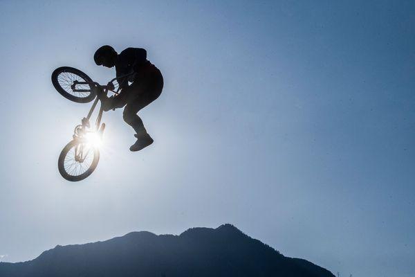 Anthony Jeanjean lors de l'European BMX Freestyle Championship de Cadenazzo, en Suisse, le 13 octobre