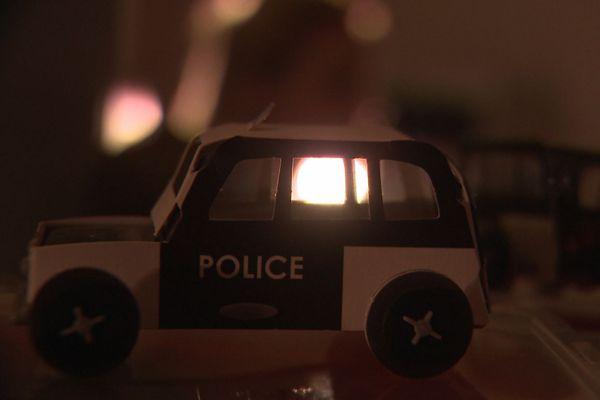 """""""Nous en tant que policiers, on n'est pas plus préparés que le citoyen lambda"""", explique-t-elle"""