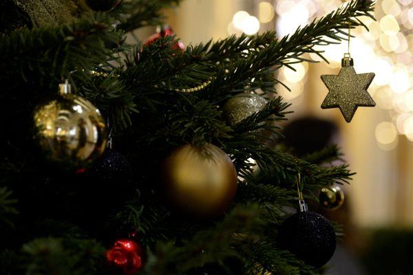 Trois étudiantes grenobloises organisent une collecte de cadeaux de Noël en faveur des sans-abri. (Illustration)