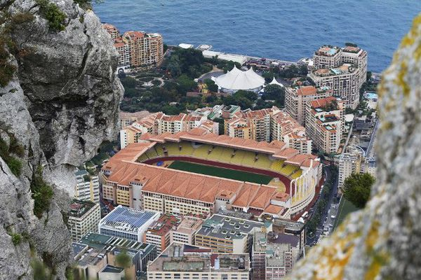 Le stade Louis II à Monaco
