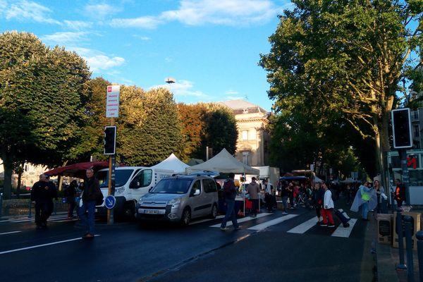 Le boulevard de la Liberté, au croisement de République.