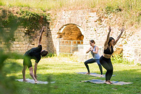 Parmi les nombreuses activités de la semaine Z'Aisne seront proposées des séances de yoga au Fort de Condé.