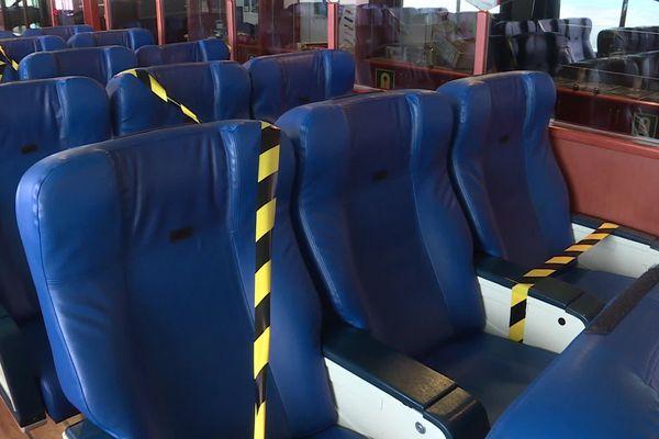 un siège condamné sur 2 à bord du ferry