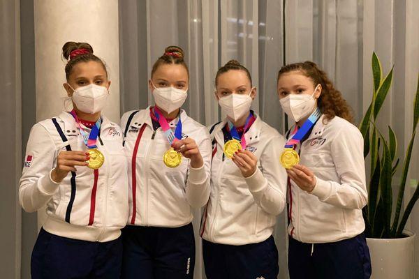 A partir de la gauche, Lucie Tumoine, Maëlle Dumitru-Marin (CPB TSA), Manon Morancais et  Candy Brière-Vetillard