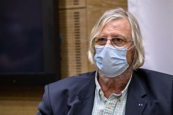 Le professeur Raoult va comparaître devant les instances disciplinaires de l'Ordre des médecins.