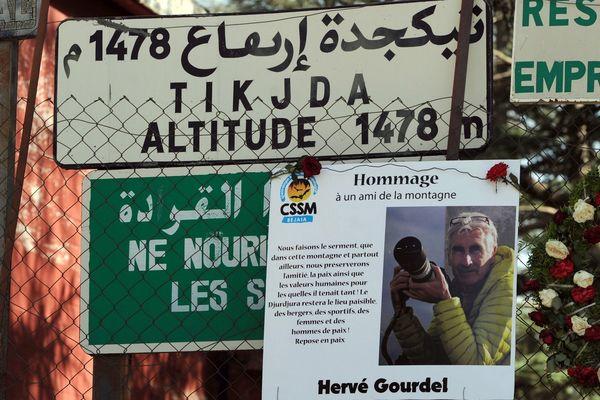 Hervé Gourdel s'était rendu en Algérie en septembre 2014 à l'invitation d'amis algériens pour explorer un nouveau site d'escalade dans le massif touristique du Djurdjura, à l'est d'Alger.