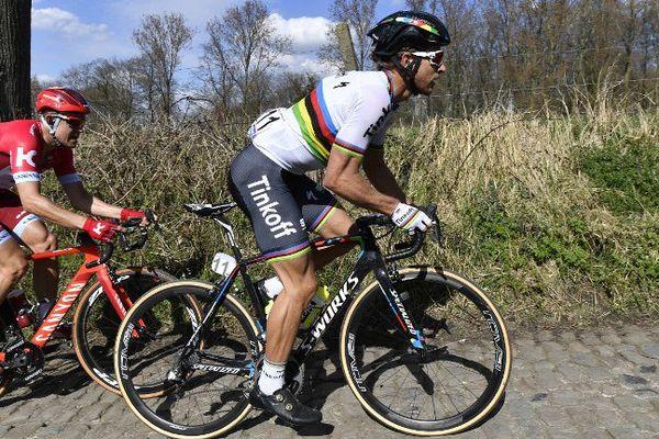 Le champion du monde Peter Sagan a remporté ce dimanche le Tour des Flandres 2016.