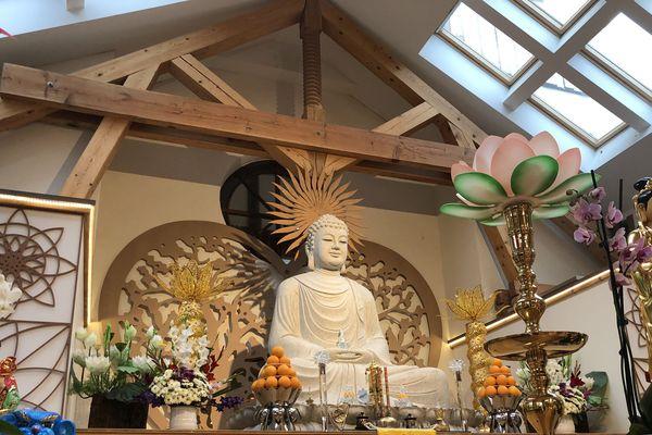 La cérémonie d'hommage à Sophie Le Tan se tiendra à la pagode vietnamienne ce dimanche 3 novembre