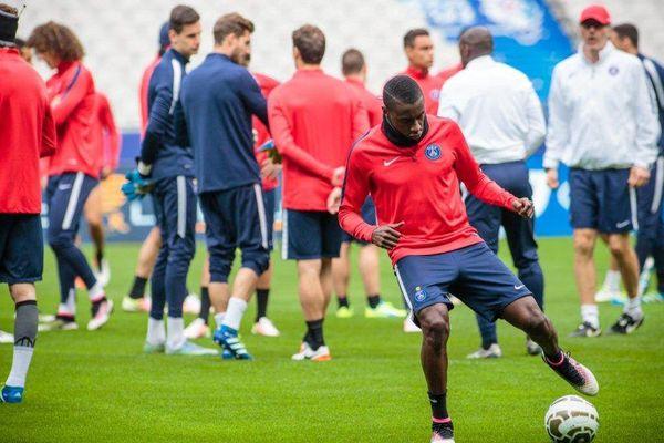 Le PSG à l'entraînement au stade de France, la veille de la finale de la 22ème coupe de la Ligue.