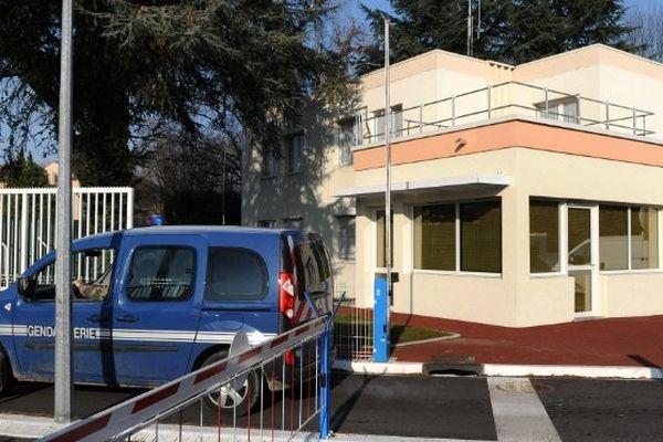 Evasion de la gendarmerie de Pau de Jonathan Plent arrêté à Urdos dans le cadre d'un go fast pour une quantité de 700 kg de pollen de cannabis