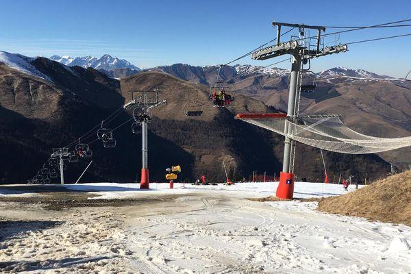 Seules 6 pistes sont ouvertes ce vendredi 14 février 2020 à Luchon-Superbagnères.