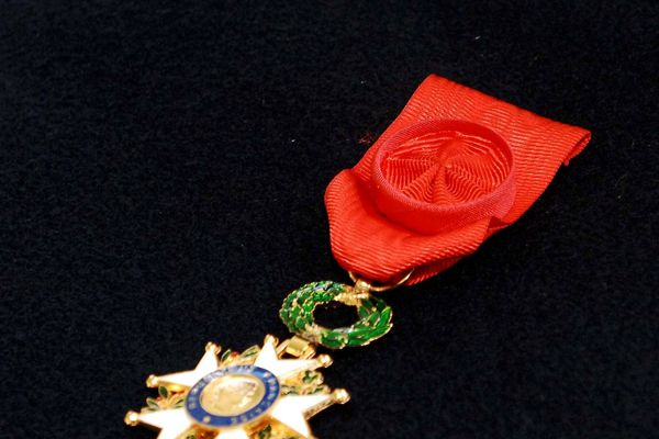 L'infirmière décédée du Covid-19 Joëlle Ferricelli a été honorée de la Légion d'honneur à titre posthume.
