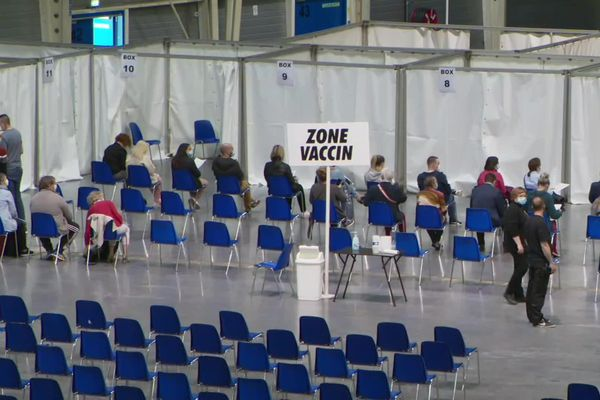 Le centre de vaccination de Douai.