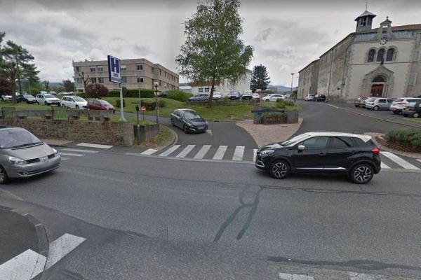 L'hôpital d'Ambert, dans le Puy-de-Dôme, peine à attirer des médecins intérimaires à cause d'une nouvelle loi qui doit entrer en application le 28 octobre.