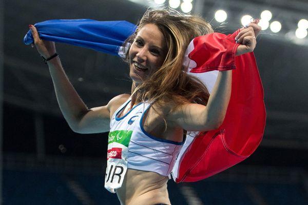Marie-Amélie Le Fur après sa victoire au 400 mètres, lors des JO de Rio, en 2016.