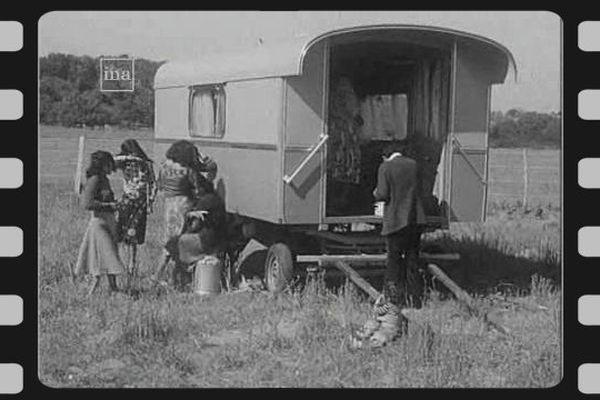Gens du voyage réunis à Amboise en mai 1976