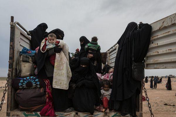Neuf enfants et deux femmes jihadistes de retour en France.