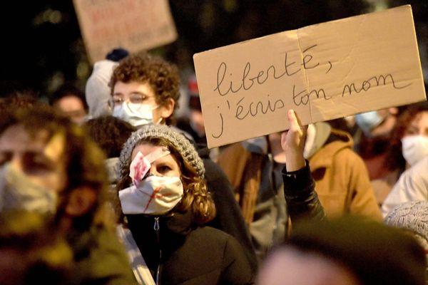 Le 27 novembre, des manifestations avaient également eu lieu contre la loi sécurité globale. Photo d'illustration