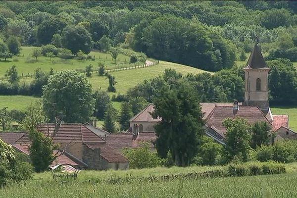 Le petit village de Bougey en Haute-Saône et ses 95 habitants