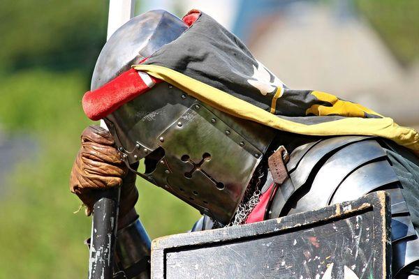 Sortir à nouveau peut donner le sentiment d'être un chevalier envoyé au combat sans son armure.