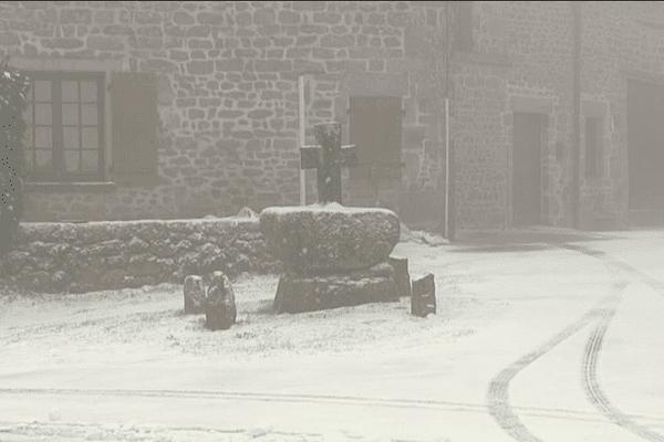 Saint-Léger-la-Montagne (87) ce matin.