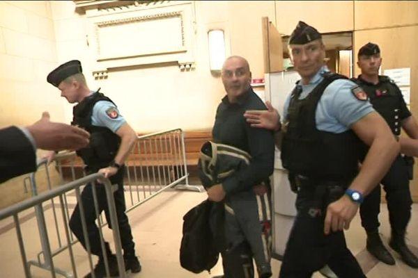 Serge Ayoub, à la sortie de la cour d'assises de Paris, où il était entendu comme témoin.