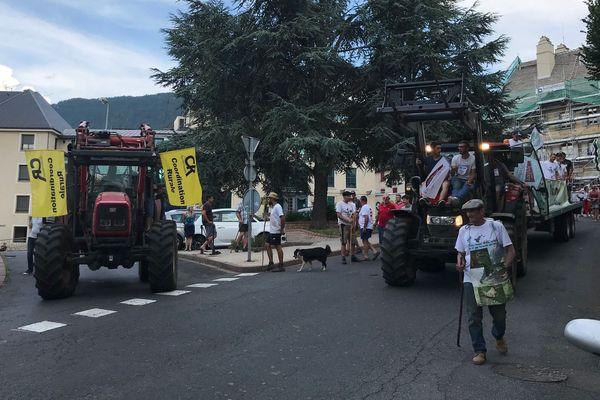 Mende - opération escargot des éleveurs de brebis dans les rues - 27 juillet 2018.