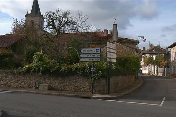 La maire de Vayres en Haute-Vienne, a signé la lettre à Emmanuel Macron publiée dans l'hebdomadaire Marianne et qui dénonce la perte d'autonomie financière des communes.