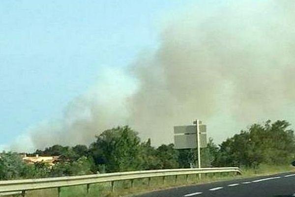 Sainte-Marie (Pyrénées-Orientales) - un incendie menace des habitations - 3 juillet 2015.