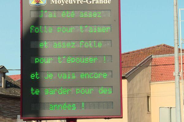 L'amour s'affiche à Moyeuvre-Grande.