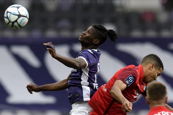 A la pointe de l'attaque toulousaine, Vakoun Bayo a marqué de son empreinte la première période.