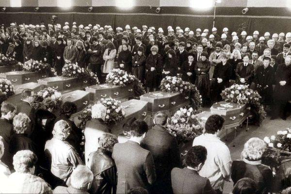 Les obsèques des 22 victimes du Puits Simon de Forbach.