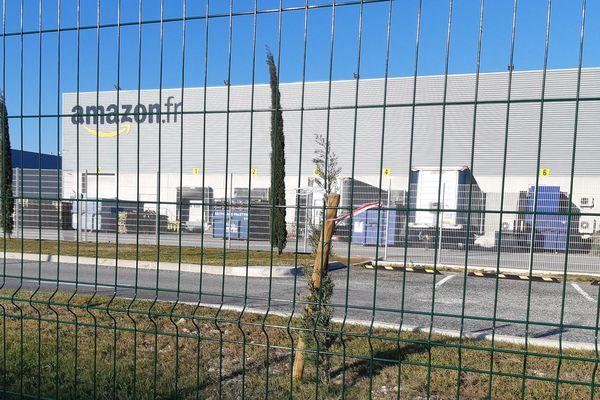 Le site d'Amazon à Montélimar dans la Drôme, restera fermé jusqu'au vendredi 8 mai inclus, sans chômage partiel.
