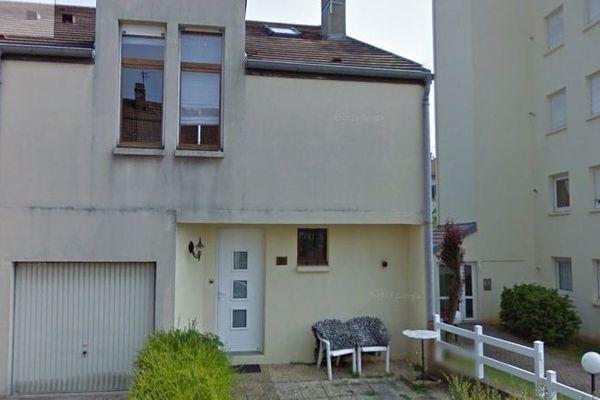 Le drame se serait produit dans cette maison, au 10 rue Romain Roussel, à Besançon.