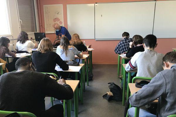 Près de 90% des élèves du collège Les Ormeaux de Rennes ont repris les cours en classe ce lundi 22 juin.
