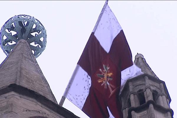Les ostensions, une religion populaire, explique le spécialiste des religions, Odon Vallet