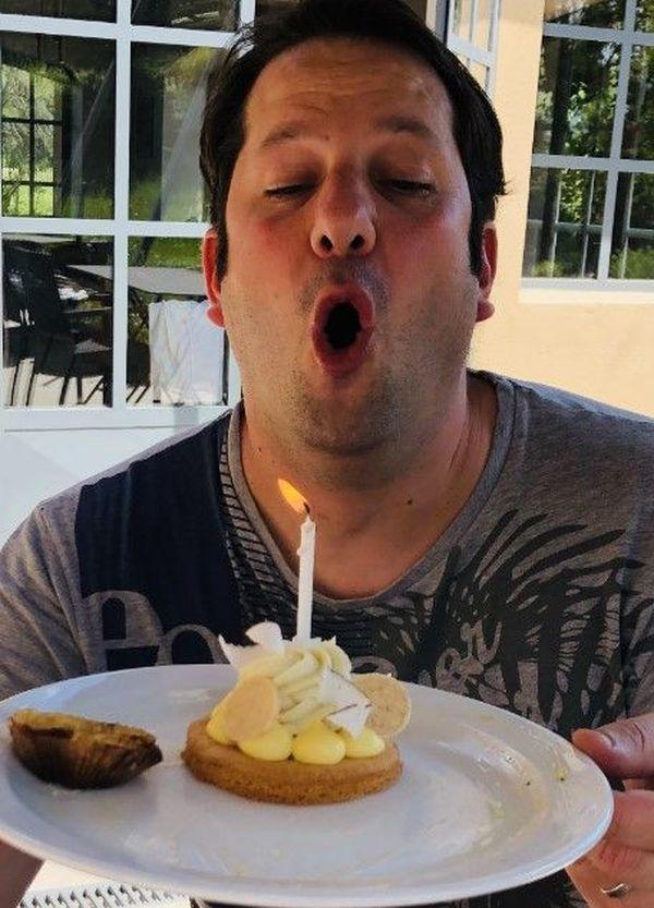 Seul dans son restaurant le chef Bottero a fêté ses 37 ans.