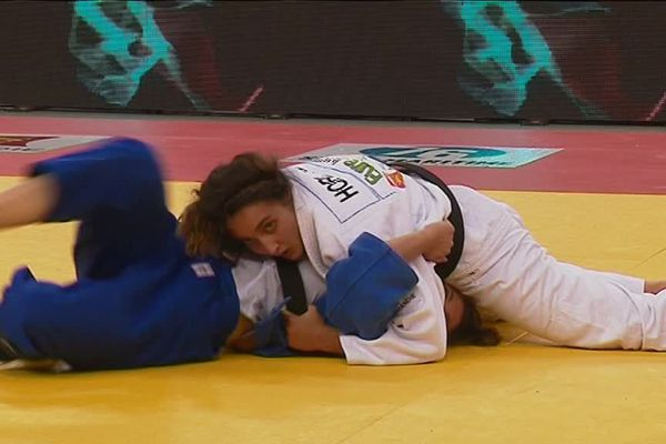 La judokate est licenciée au Neubourg dans l'Eure