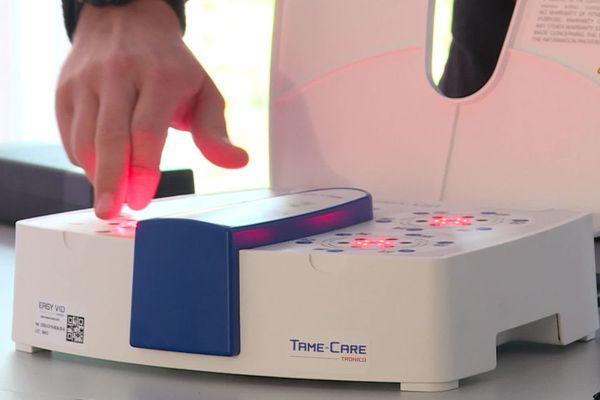 Le système d'analyse du test salivaire EasyCov a été fabriqué par l'entreprise vendéenne Tronico.