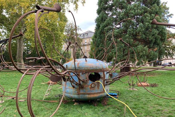 """La """"fontaine cactus"""" de la Cie Carabosse s'enflammera samedi soir au parc Steinbach de Mulhouse"""