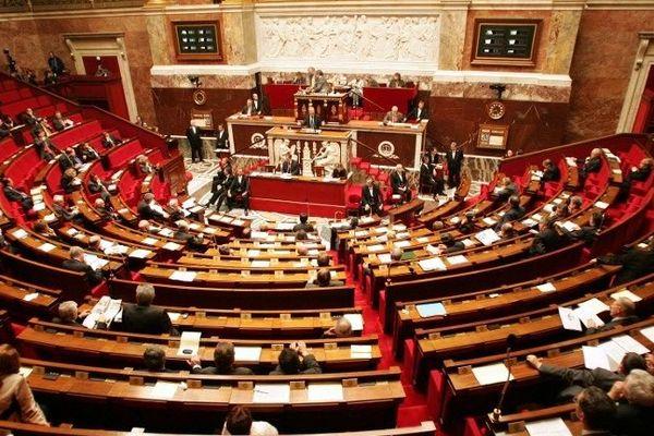 Des députés en séance à l'Assemblée nationale.