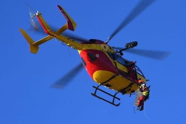Dragon 25 assure les missions de secours et de transport des blessés ou malades en Franche-Comté.