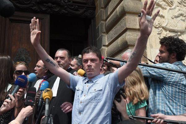 Daniel Legrand à sa sortie de la Cour d'Assises.