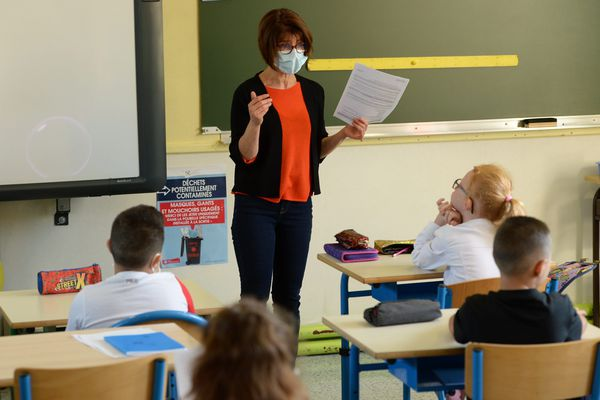 Les élèves sourds ont besoin de voir les lèvres de leurs enseignants pour comprendre ce qu'ils disent, mais avec le masque, c'est impossible / Photo d'illustration