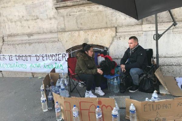 Iman et Rabah avaient entamé une grève de la faim le mardi 5 octobre.