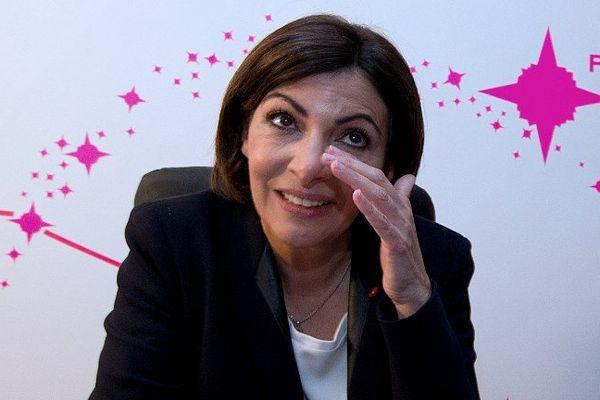 Anne Hidalgo, en apprenant les résultats qui la propulse maire de Paris.