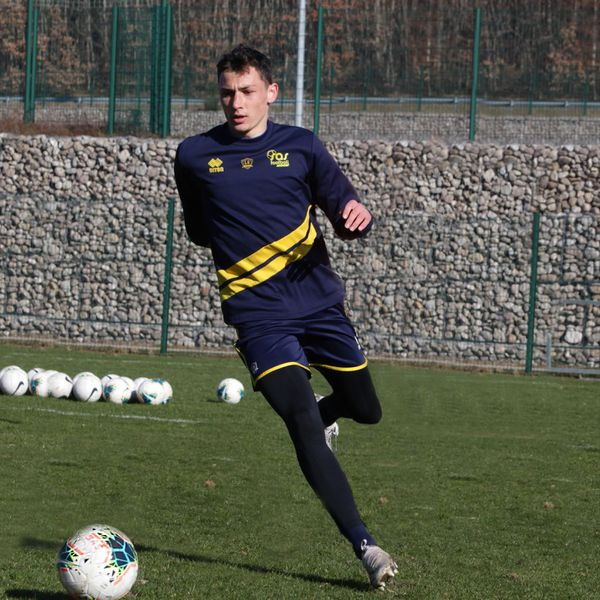 Valentin Delabarre, 19 ans depuis mars, est défenseur au SAS Football Épinal.