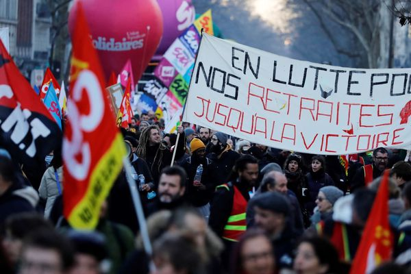 La manifestation parisienne est partie en début d'après-midi de la gare de l'Est vers la place de la Nation, ce jeudi 6 février.
