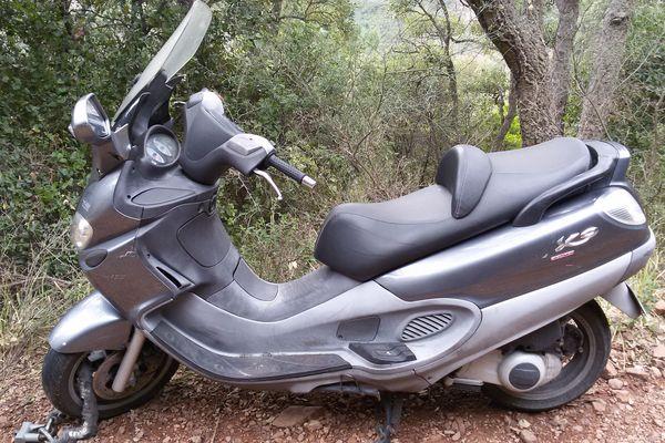 Scooter trouvé sur piste H49 au Trayas (Saint-Raphaël)
