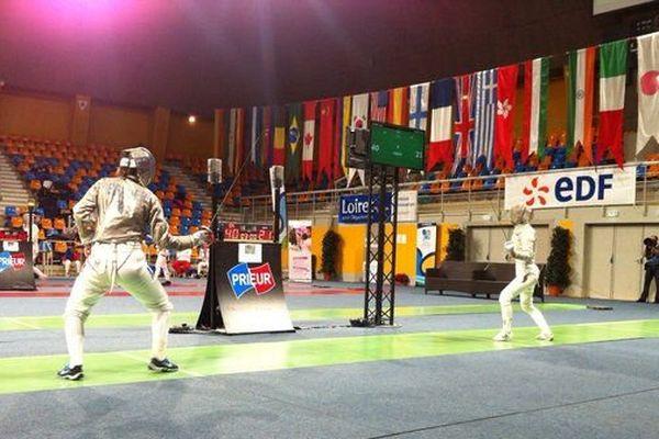 Les deux orléanaises Cécilia Berder et Manon Brunet se sont qualifiées pour les 1/4 de finale de la coupe du monde de sabre par équipes.